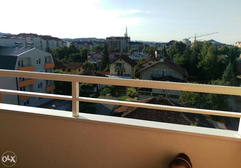Balkon stan u cerskoj