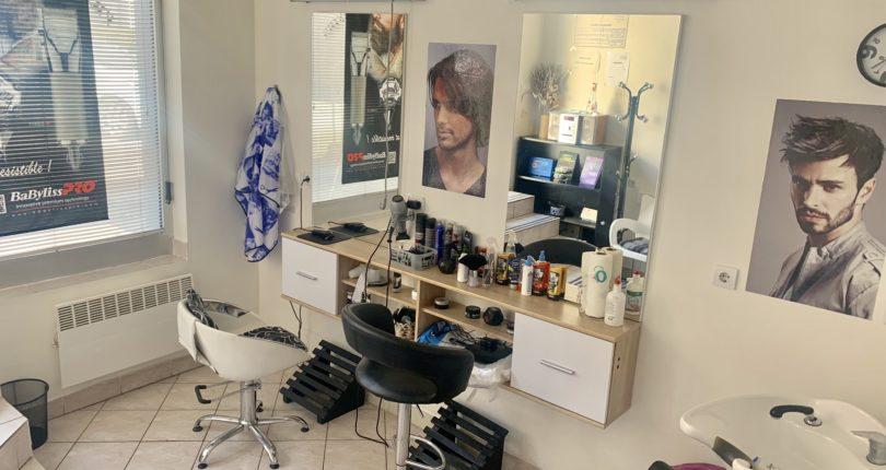 PRODAJA – opremljen frizerski salon u funkciji Nova Varoš