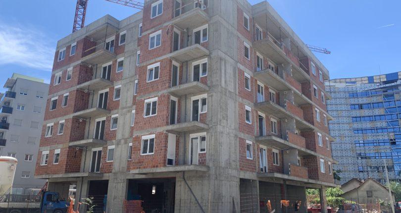 Prodaja četvorosoban stan površine 94,70m2   CENTAR